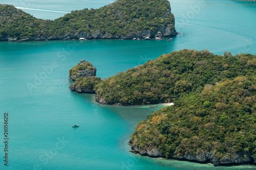 Fotografia  Beautiful beach at Ang Thong National Park, Thailand