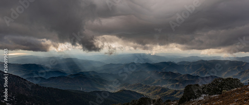 Foto auf AluDibond Grau Verkehrs Winter Mountain Scenes in Cyprus - Mount Olympos.
