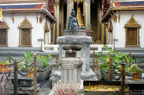 Foto op Plexiglas Artistiek mon. Wat Phra Kaeo in Bangkok