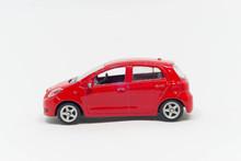 Model Samochodu Toyota Czerwon...