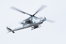 AH-1 Viper Attack Helicopter A...