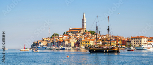 Beautiful romantic old town of Rovinj in Croatia Tablou Canvas