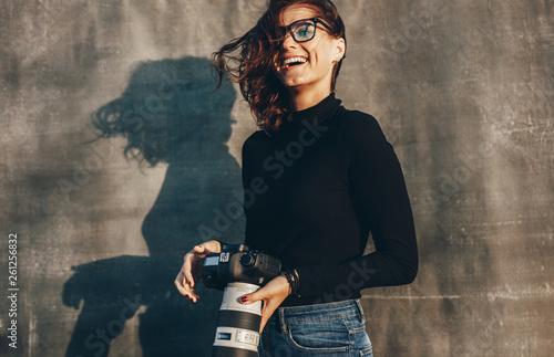 Fotografia  Female photographer on a photo shoot