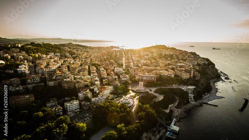 Photo Luce del tramonto sulla città