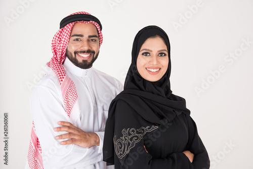 Arab people standing on white background Fototapet