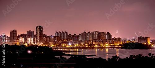 Photo Mumbai (Hiranandani) city skyline at night