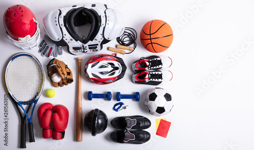 Obrazy Sporty z Piłkami  sport-equipment-on-white-background