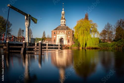 Foto  Zijlpoort city gate of Leiden