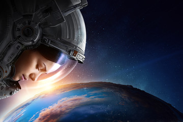 Female astronaut in space o...