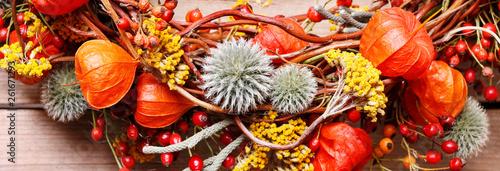 Steps of making autumn door wreath