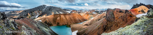 Poster Zalm Panoramic view of colorful rhyolite volcanic mountains Landmannalaugar as pure wilderness in Iceland