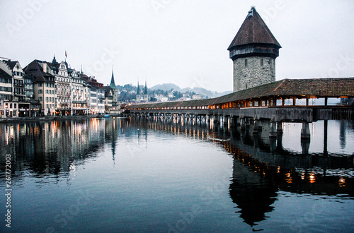 Photographie  Kapellbrücke in Lucerne, Switzerland