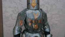 Knight's Steel Armor, Hands On...