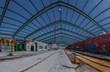 stahlkonstruktion auf dach einer fabrik panorama