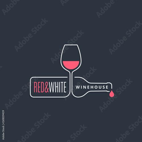 wine bottle with wine glass line icon on black Fototapet