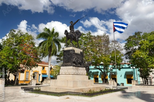 Fotografía  Ignacio Agramonte Public Park in Camaguey Cuba Town Square with Cuban Flag and