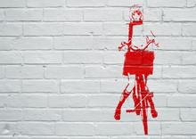 Street Art. Femme Faisant Du Vélo