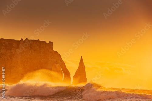Photo Klippen von Etretat bei Sonnenuntergang