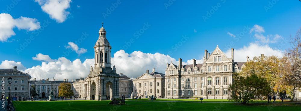 Fototapety, obrazy: The Campanile of Trinity College