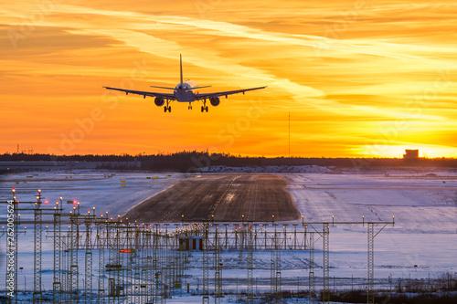 Obraz Sunset landing - fototapety do salonu