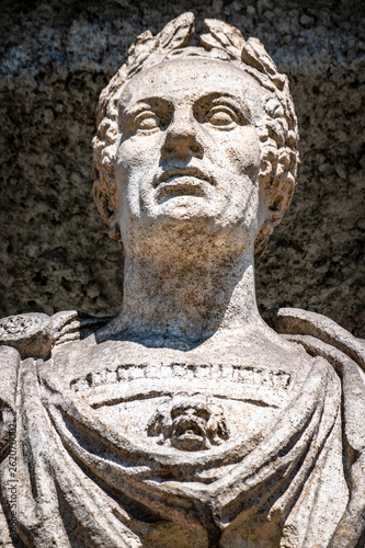 Fotomural historic statue of an italian imperator