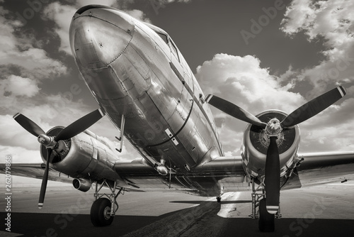 Obraz historical aircraft on a runway - fototapety do salonu