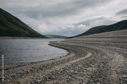 Fototapeta Loch Garry lake in mountains