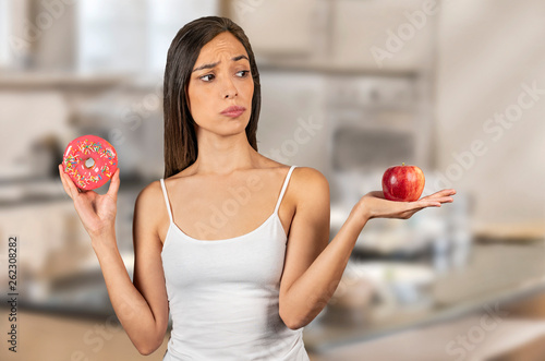 Photo Making a wise decision on dieting, Balancing how to obtain a healthy lifestyle