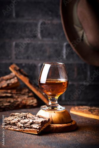 Foto auf Leinwand Alkohol Glass of cognac or whiskey.