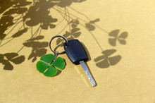 Key Car And Clover Leaf. 4-lea...