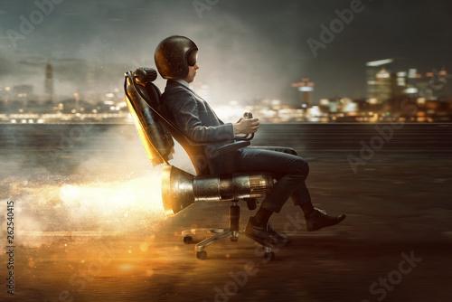 Geschäftsmann rollt auf Bürostuhl mit Raktenantrieb #262540415