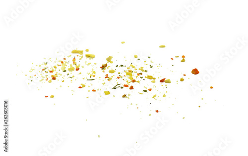 Photo  Grounded spice ingredient of dry mix vegetables isolated on white