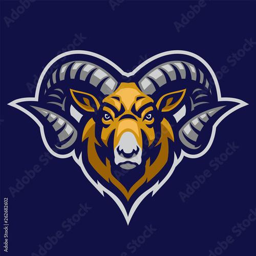 ram mascot head with big horn Fototapet