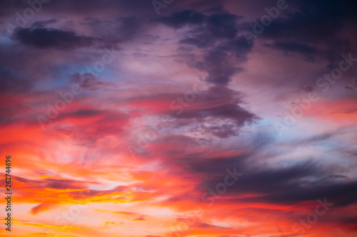 Foto  Dramatic sky at sunset