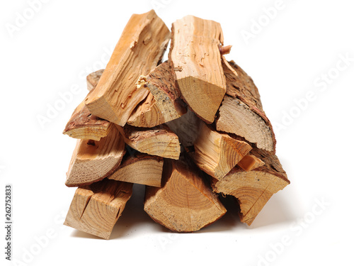 Staande foto Brandhout textuur Pile of firewood isolated on a white background