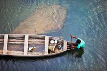 MEGHALAYA, INDIA, September 2018, Boatman Rows His Boat At Umngot River, Dawki.