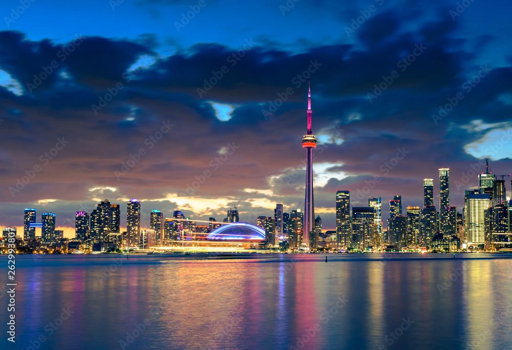 Fototapety, obrazy: Toronto city skyline at night, Ontario, Canada
