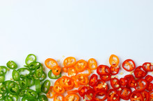 Peperoncini Rossi, Verdi E Arancioni Tagliati