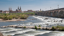 Ville De Moulins Et Pont Rége...