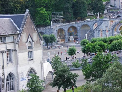 Photo  Basilica de Lourdes Our Lady of Lourdes Immaculate Conception Chapel France