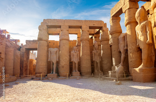 Wall Murals Place of worship Statues in Karnak temple