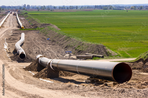 Fototapeta The route of the new natural gas pipeline runs through the state of Brandenburg. obraz