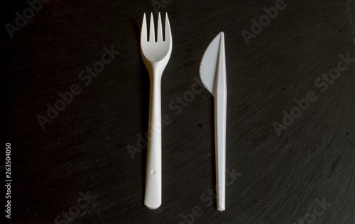 tenedor y cuchillo de plástico. Fototapet