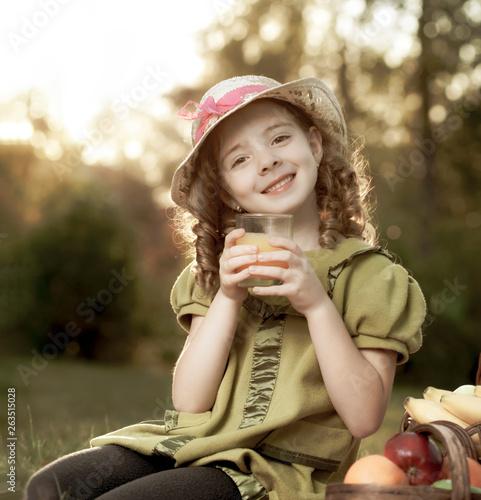 Fototapeta beauty girl with juce obraz na płótnie