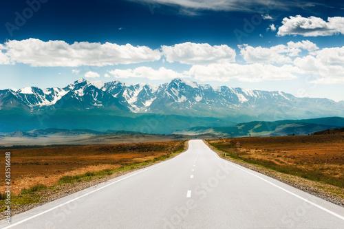Foto auf Leinwand Blaue Nacht Road to the mountains. Chuysky tract and North-Chuya ridge in Altai, Siberia, Russia
