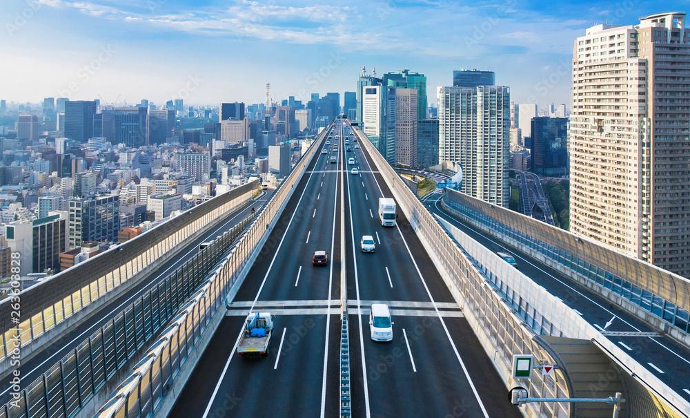 Fototapeta 都市と高速道路