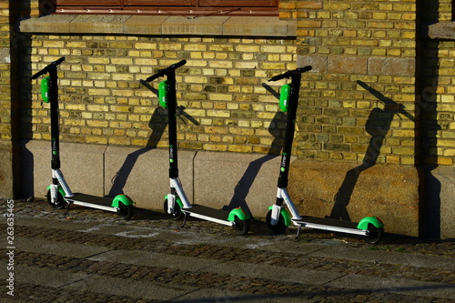 e scooters or electric kickbikes in gothenburg