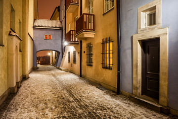 Fototapeta Uliczki Street in Old Town of Warsaw at Night