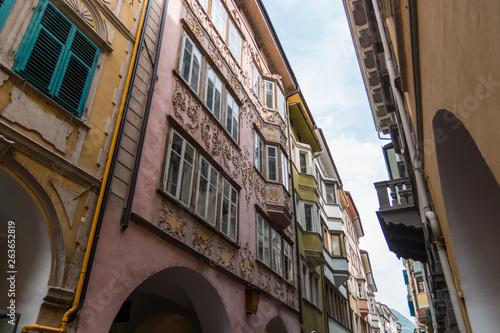 Obraz na plátně  Centro storico di Bolzano, Bozen, Trentino Alto Adige, Italia
