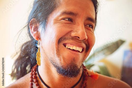 Obraz na płótnie Closeup of native american man with beautiful jewelry